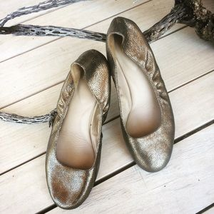 Eileen Fisher gold leather ballerina flats 9.5